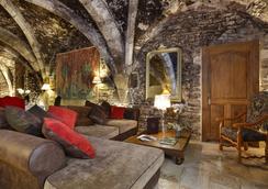Abbaye De Maizieres - Beaune - Lobby