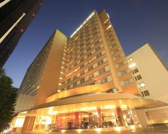 Hotel Sunroute Plaza Shinjuku - Tokio - Gebouw