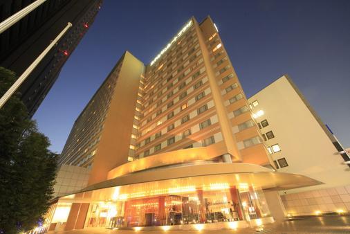 Hotel Sunroute Plaza Shinjuku - Tokio - Rakennus