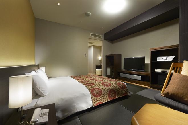 ホテルサンルートプラザ新宿 - 東京 - 寝室