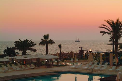 Louis Ledra Beach - Paphos - Cảnh ngoài trời