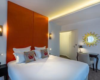 Hôtel La Comtesse - Paris - Bedroom