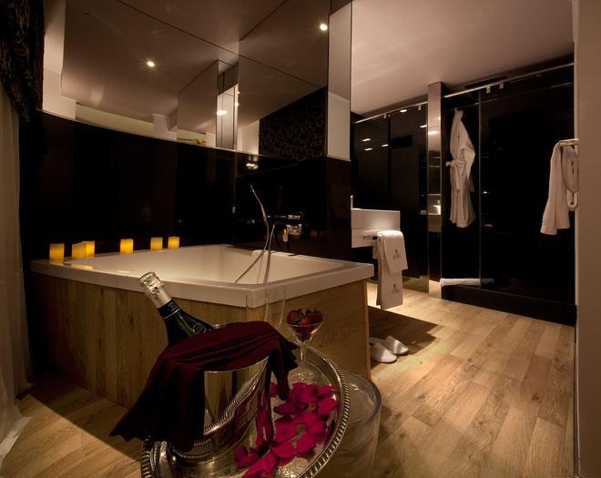 Anba Boutique - Barcelona - Bathroom