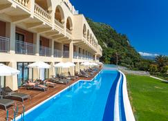 Lti Louis Grand Hotel - Corfu - Building