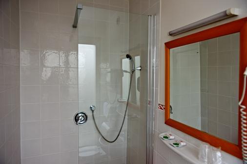 Hôtel Richmond - Paris - Bathroom