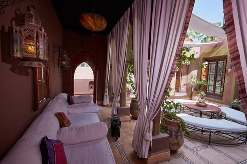 Dar Ayniwen Garden Hotel & Bird Zoo - Marrakech - Patio