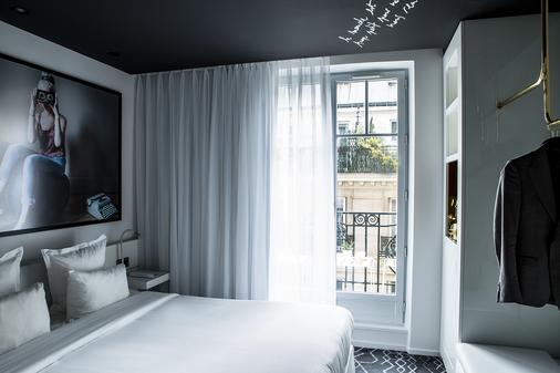Le General Hotel - Paris - Bedroom