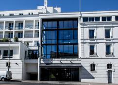 Hôtel Atrium - Suresnes - Bâtiment