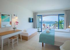 Nausicaa Beach - Protaras - Habitación