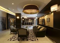 Hotel Le Versailles - Versailles - Lobby