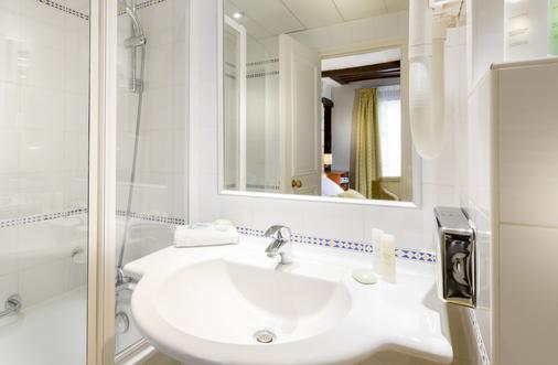 Lautrec Opera - Paris - Bathroom