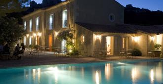 Benvengudo - Les Baux-de-Provence - Piscina