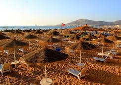 lti-Agadir Beach Club - Agadir - Beach