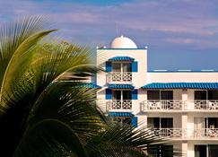 Playa Blanca Beach Resort - Río Hato - Edificio