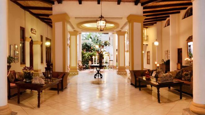 Alhambra - Granada - Lobby