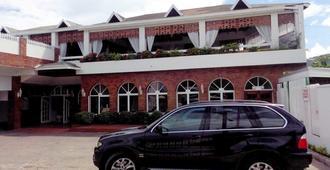 Village Hotel - Ocho Ríos