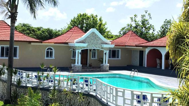 Coral Seas Garden Resort - Negril - Bể bơi