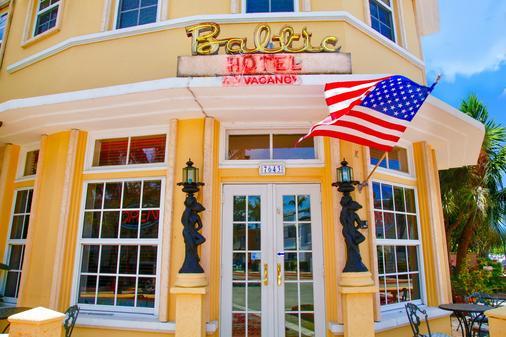 Baltic Hotel - Miami Beach - Building