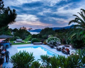 Bartaccia Hotel - Propriano - Pool