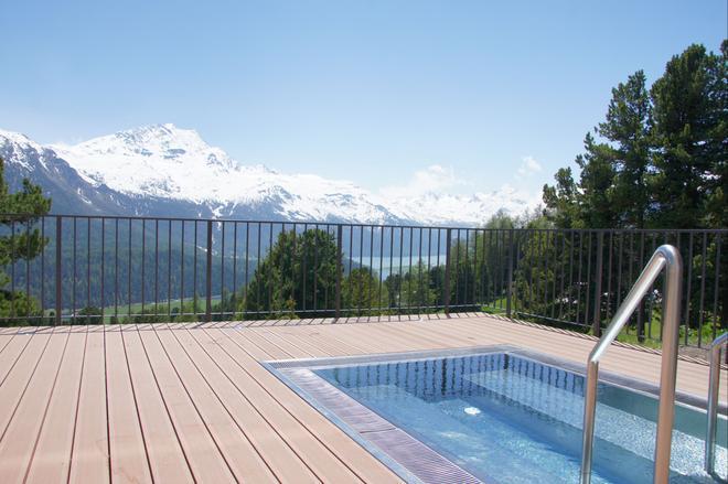 Randolins Familienresort - Sankt Moritz - Piscina