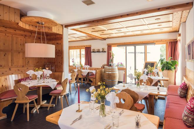 Randolins Familienresort - Sankt Moritz - Restaurante