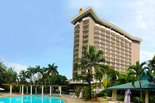 Century Park Hotel - Manila - Toà nhà