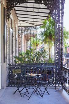 Hotel Royal - New Orleans - Balcony