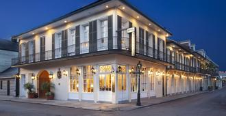 Chateau Hotel - New Orleans - Building