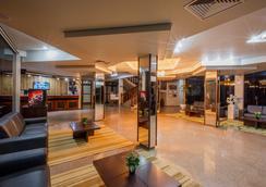 Olinda Hotel e Eventos - Toledo - Lobby