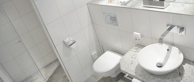 柏林 - 米特安德蘭特酒店 - 柏林 - 柏林 - 浴室