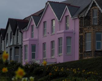 Atlantic House Hotel - Bude - Building