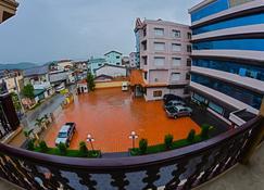 Anoulack Khen Lao Hotel - Phonsavan - Vista externa