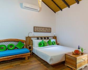 aaaVeee Nature's Paradise - Rinbudhoo - Bedroom