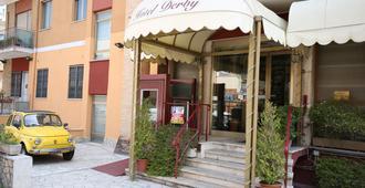 Derby - Roma - Edifício