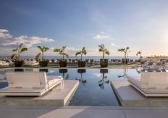 Royal Hideaway Corales Suites - by Barceló Hotel Group - Adeje - Uima-allas
