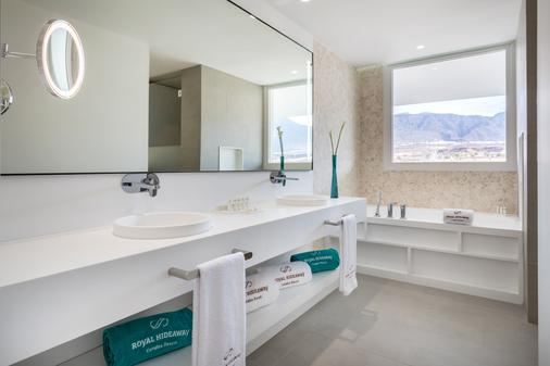 Royal Hideaway Corales Suites - by Barceló Hotel Group - Adeje - Bathroom