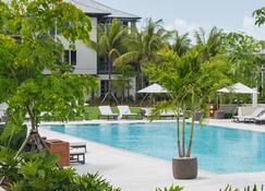 島酒店 - 拿騷 - 拿騷 - 游泳池