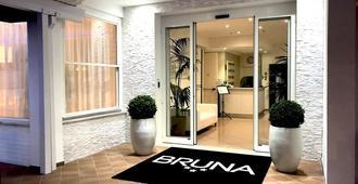 Hotel Bruna B&B - Milano Marittima - Hotel Entrance