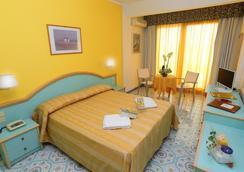 Hotel Solemar Terme Beach & Beauty - Ischia - Makuuhuone