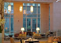 The Ritz-Carlton Dubai International Financial Centre - Dubai - Lobby