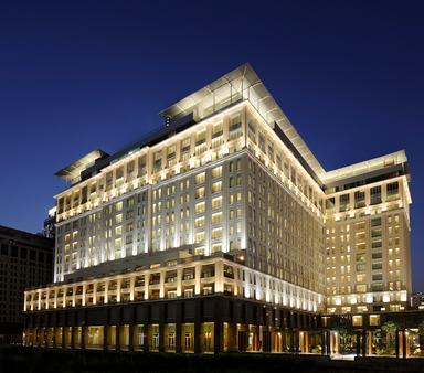 The Ritz-Carlton Dubai International Financial Centre - Dubai - Toà nhà