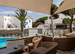 Poseidon Hotel Suites - Mykonos - Patio