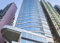 Hotel 108 - Hong Kong - Building