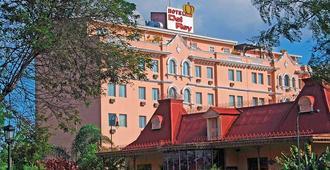 Hotel del Rey & Casino - סן חוזה - בניין