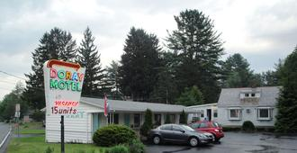 Doray Motel - Lake George - Building