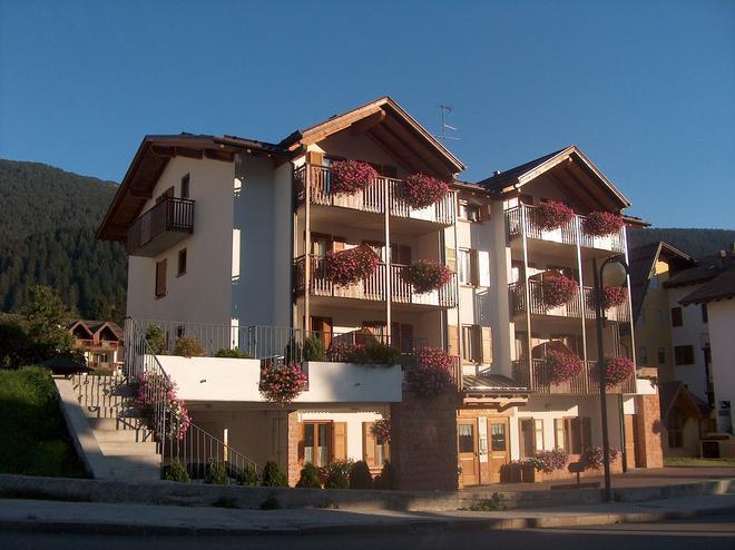 Residence Cima Tosa - Andalo - Toà nhà