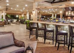 Manchebo Beach Resort and Spa - Oranjestad - Bar
