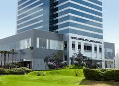 Hotel Riu Plaza Guadalajara - Guadalajara - Building