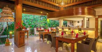 Tonys Villas & Resort - North Kuta - מסעדה