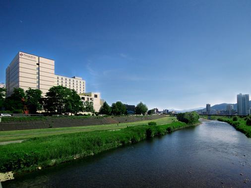 Premier Hotel -Tsubaki- Sapporo - Sapporo - Rakennus